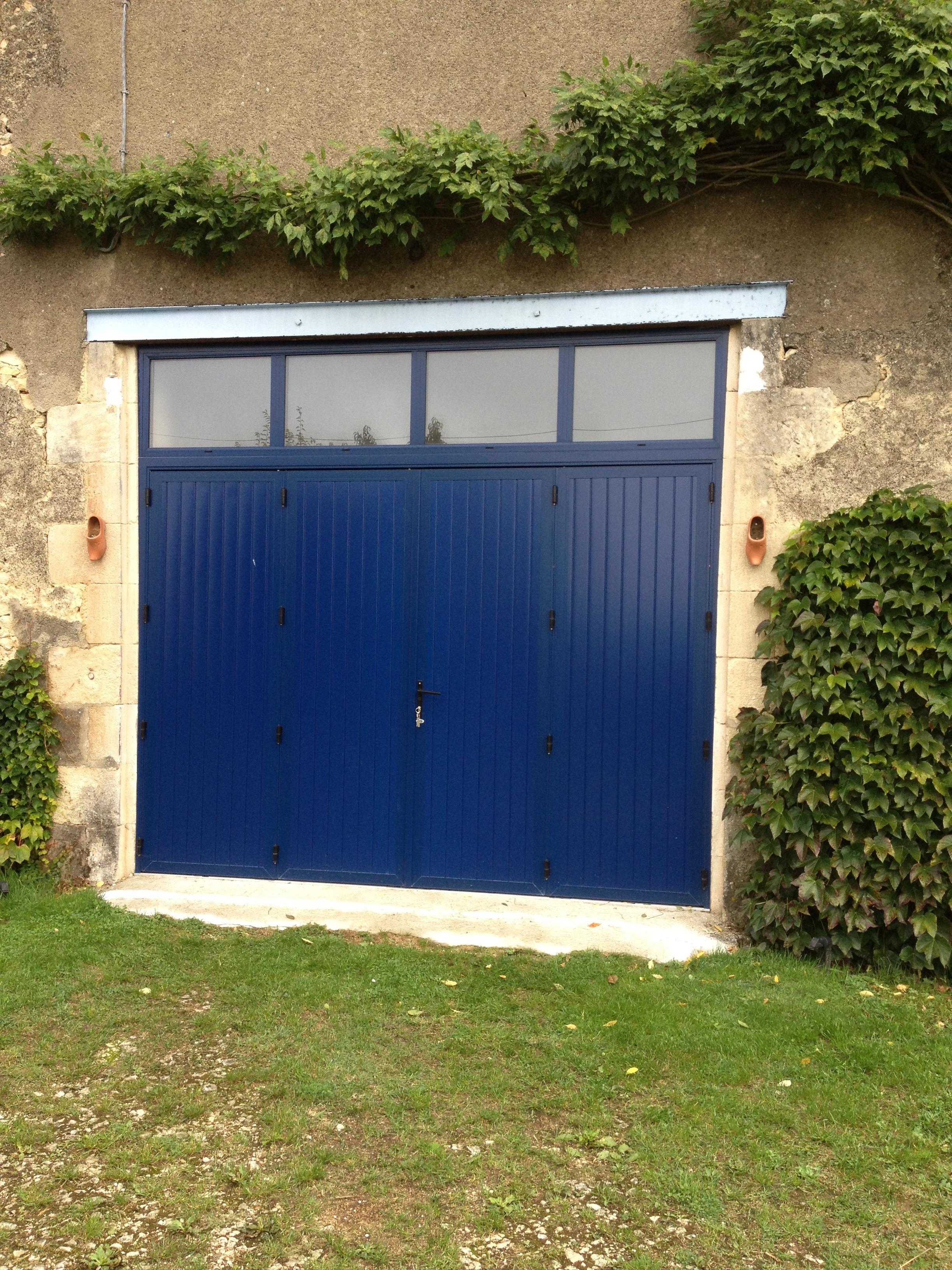 Porte de garage jm menuiserie clamecy dans la ni vre for Garage gagnard clamecy